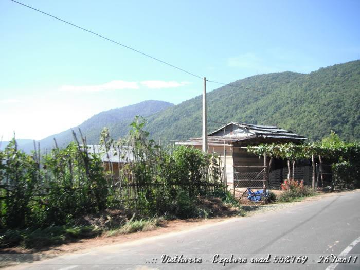 DSCF2164.jpg /::: Vietnam - ACE MTSG - Day trip to explore new roads/Vietnam - Motorcycle Trip Report Forums/  - Image by: