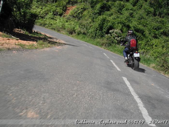 DSCF2165.jpg /::: Vietnam - ACE MTSG - Day trip to explore new roads/Vietnam - Motorcycle Trip Report Forums/  - Image by: