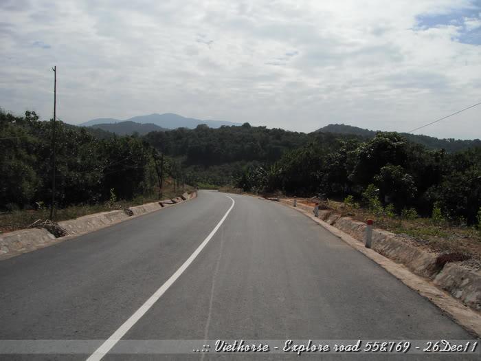 DSCF2279.jpg /::: Vietnam - ACE MTSG - Day trip to explore new roads/Vietnam - Motorcycle Trip Report Forums/  - Image by: