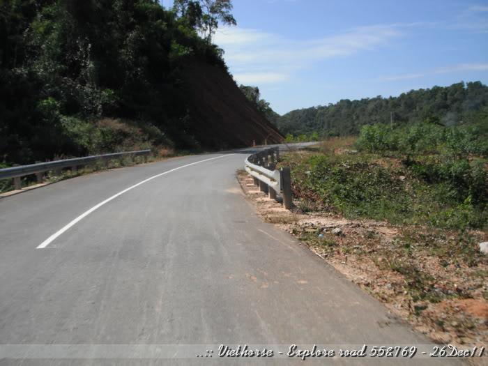 DSCF2289.jpg /::: Vietnam - ACE MTSG - Day trip to explore new roads/Vietnam - Motorcycle Trip Report Forums/  - Image by: