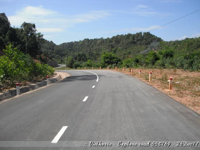 DSCF2291.jpg /::: Vietnam - ACE MTSG - Day trip to explore new roads/Vietnam - Motorcycle Trip Report Forums/  - Image by: