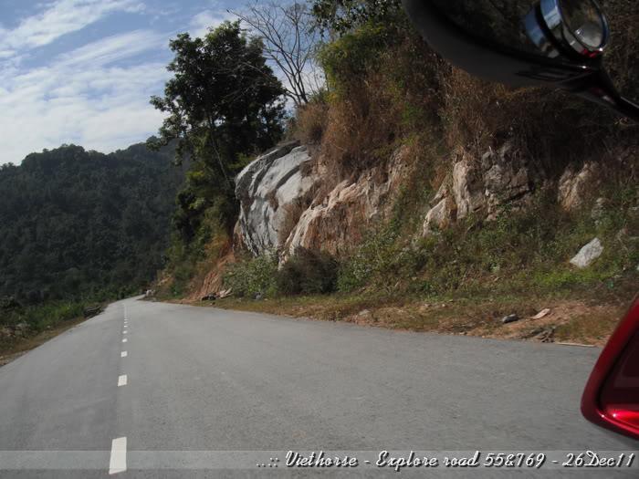 DSCF2321.jpg /::: Vietnam - ACE MTSG - Day trip to explore new roads/Vietnam - Motorcycle Trip Report Forums/  - Image by: