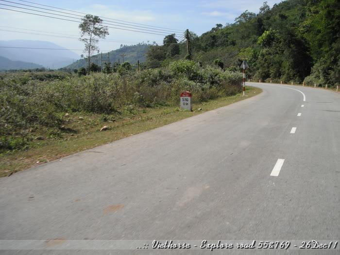 DSCF2328.jpg /::: Vietnam - ACE MTSG - Day trip to explore new roads/Vietnam - Motorcycle Trip Report Forums/  - Image by: