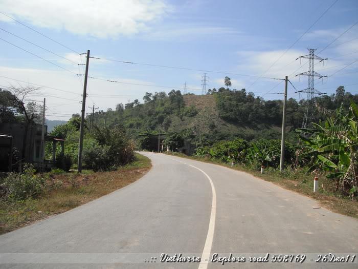 DSCF2347.jpg /::: Vietnam - ACE MTSG - Day trip to explore new roads/Vietnam - Motorcycle Trip Report Forums/  - Image by:
