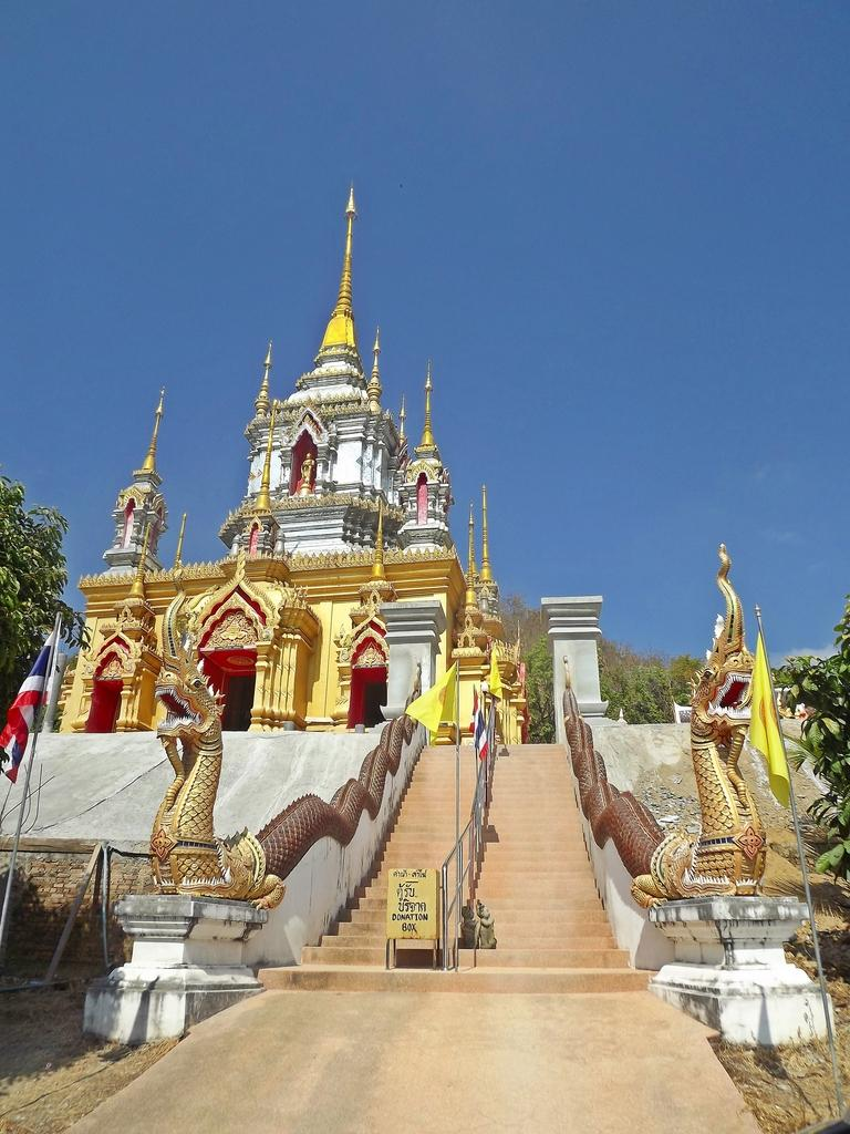 DSCF2754.jpg /Late - but not too late - GT Ride 01/2015/Touring Northern Thailand - Trip Reports Forum/  - Image by: