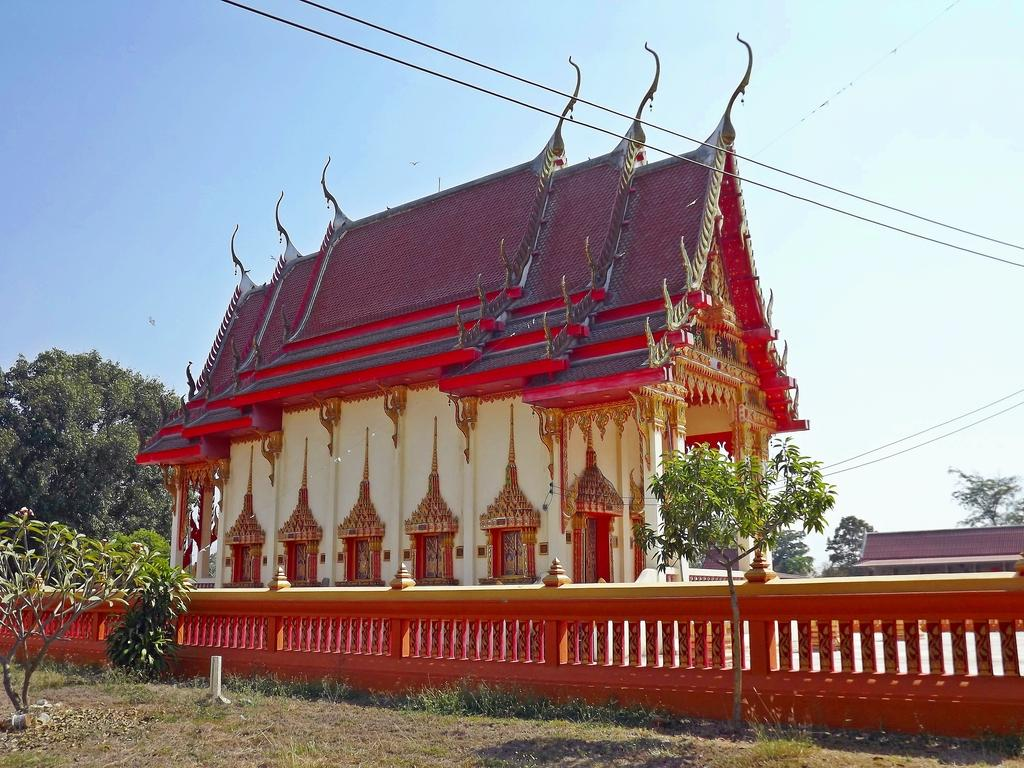 DSCF2837_1.jpg /Late - but not too late - GT Ride 01/2015/Touring Northern Thailand - Trip Reports Forum/  - Image by: