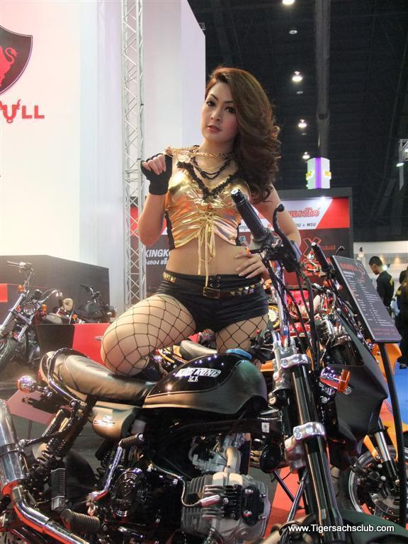 DSCF3457%2520%2528Large%2529.jpg /33rd Bangkok Motor Show 2012/General Discussion / News / Information/  - Image by: