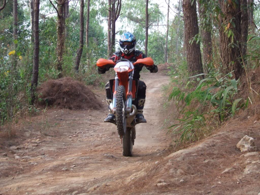 DSCF5171.jpg /Some fun in the jungle.../Touring Northern Thailand - Trip Reports Forum/  - Image by: