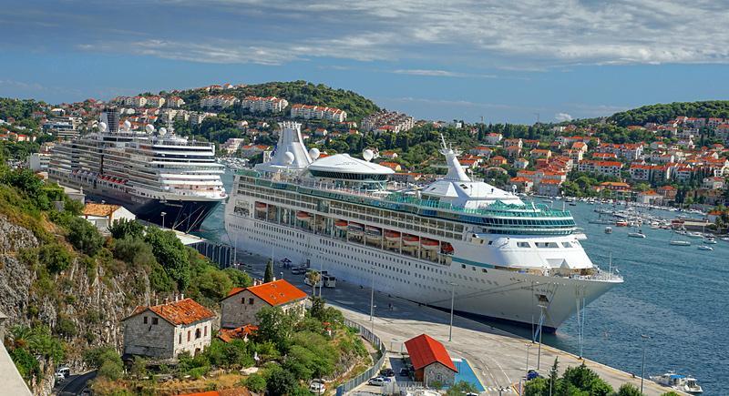 dubrovnik-boats.jpg