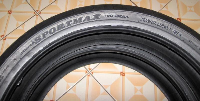 DunlopSportmaxD221a.