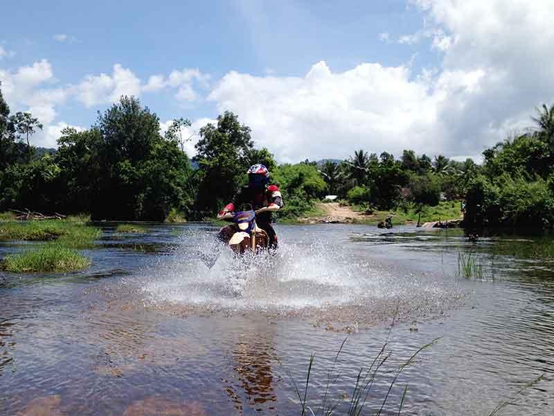 enduro-tours-cambodia-areng.