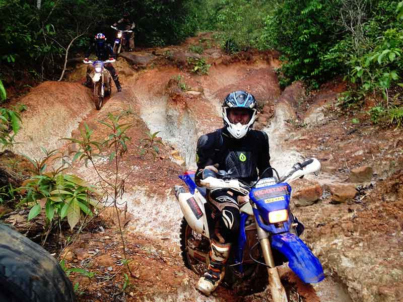 enduro-tours-cambodia-gnarly.