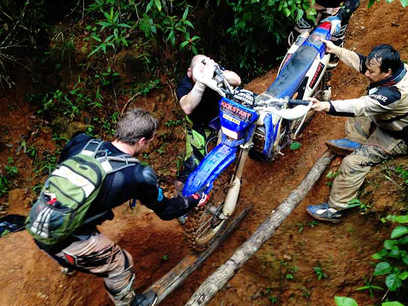 enduro-tours-cambodia-washout.
