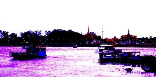 EveningBoatacrossMekongLR.