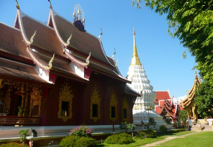 fang-wat-chedi-ngam-temple-2.