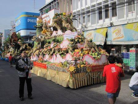 feedfloats.jpg /Surin...The Elephant Festival pix/N.E. Thailand Motorcycle Trip Report Forums/  - Image by: