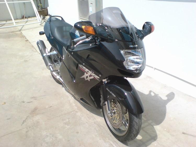 fin.jpg /Honda CBR1100XX Blackbird Year 2000 PGM-FI/Motorcycle Buy & Sell - S.E. Asia/  - Image by: