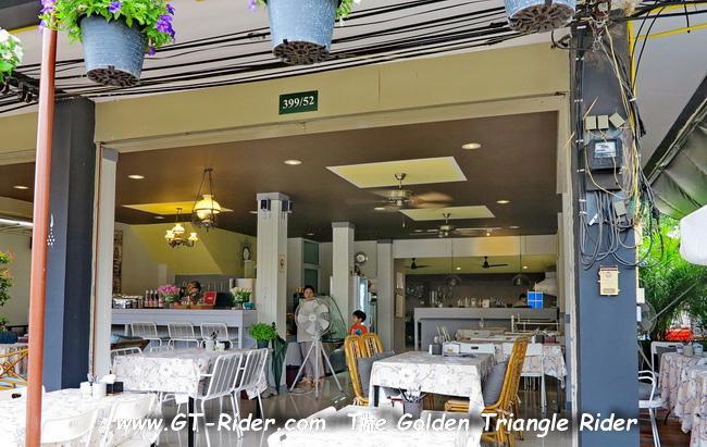 GTR-IMG_2197.jpg /Mae Rim Resturants/Restaurants - North Thailand/  - Image by: