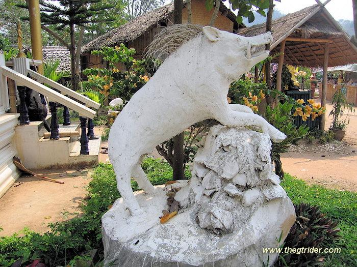 GTR-IMG_9392.JPG /The Legend of the Golden Horse Temple/Touring Northern Thailand - Trip Reports Forum/  - Image by: