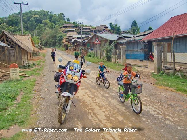 GTR-R13N-PakMong-OudomXai-CRW_3531CRW_3531.jpg