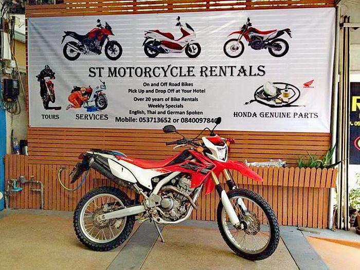 GTR-ST-Motorcycle-01.