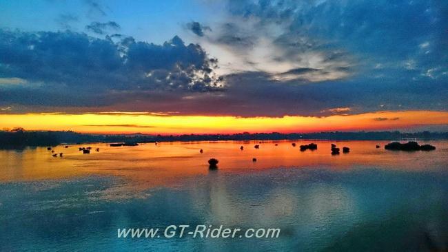 GTR-Sunrise-DonKhong.