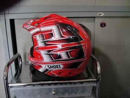 helmetback.