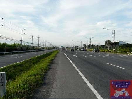 HighwayChiangMaitoBangkok31.