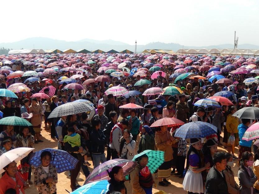 HmongNewYearLaos14.