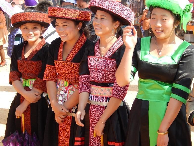 HmongNewYearLaos26.