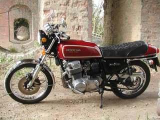 Honda-CB750F1-76-2.