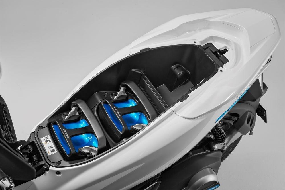 honda-pcx-electric-batteries.