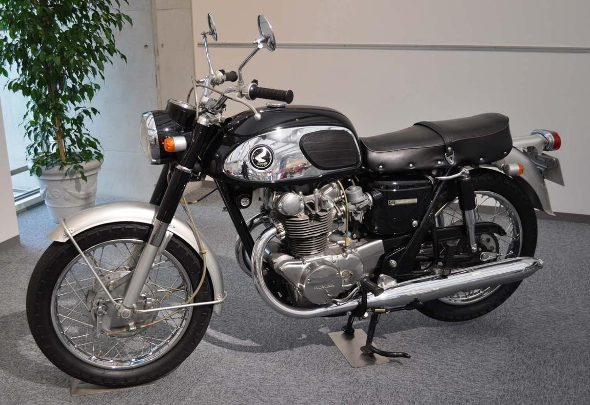 Honda_Dream_CB450.