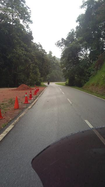 IMAG0966.jpg /Day Ride To Cameron Highland Through Fraser Hill And Sungai Koyan/Malaysia - Motorcycle Road Trip Reports Forum/  - Image by: