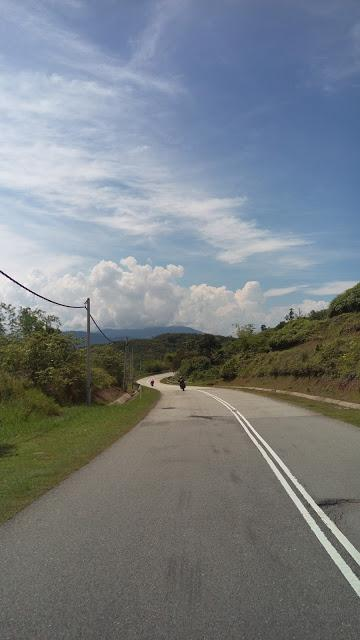 IMAG0986.jpg /Day Ride To Cameron Highland Through Fraser Hill And Sungai Koyan/Malaysia - Motorcycle Road Trip Reports Forum/  - Image by: