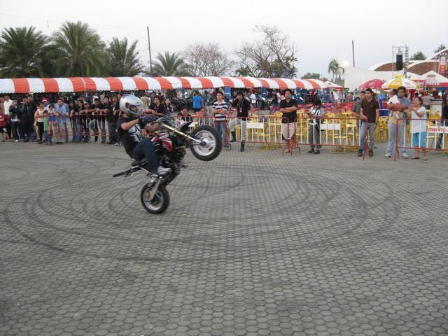 IMG_0534.jpg /Tour Mainly fucused Udon Thani bike week/N.E. Thailand Motorcycle Trip Report Forums/  - Image by:
