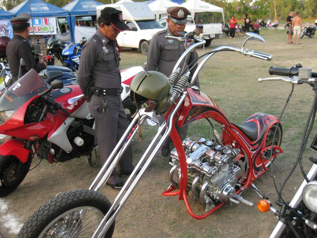 IMG_1232.jpg /Roi Et Bike Weekend 4-5th Apr 09/N.E. Thailand Motorcycle Trip Report Forums/  - Image by: