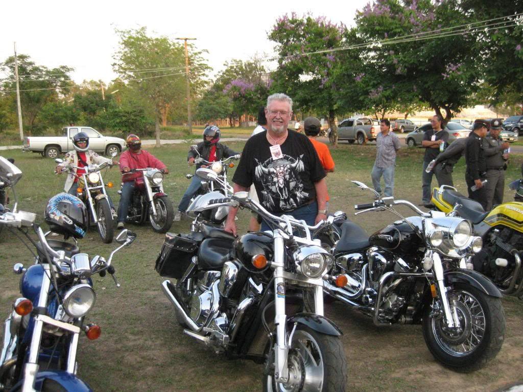 IMG_1234.jpg /Roi Et Bike Weekend 4-5th Apr 09/N.E. Thailand Motorcycle Trip Report Forums/  - Image by: