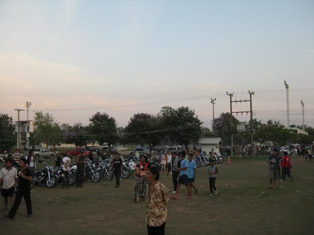 IMG_1236.jpg /Roi Et Bike Weekend 4-5th Apr 09/N.E. Thailand Motorcycle Trip Report Forums/  - Image by: