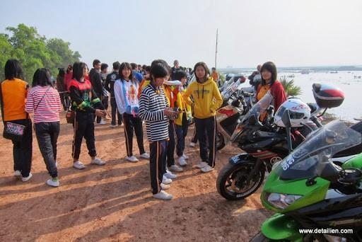 IMG_1813.jpg /Ride to sea of red lotusses - Kumphawapi district Part 3 Udon Thani Intl Air  Bike/N.E. Thailand Motorcycle Trip Report Forums/  - Image by: