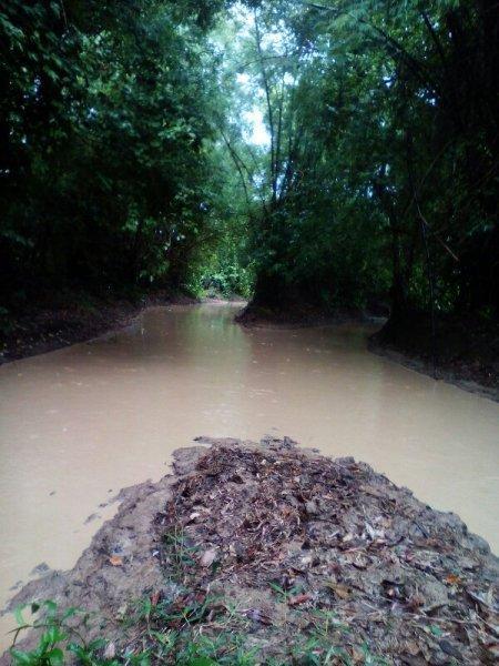 IMG_20150101_073301-600x800.jpg /First Mud Of The Rainy Season. Savannakhet To Thalang(khammouane). June,2016./Mountain Biking - Road  Trip Reports/  - Image by: