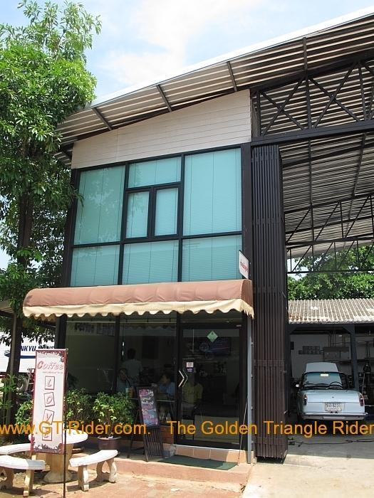 img_2127.jpg /Chiang Mai Handy Motorcycle Related Shops/Northern Thailand - General Discussion Forum/  - Image by:
