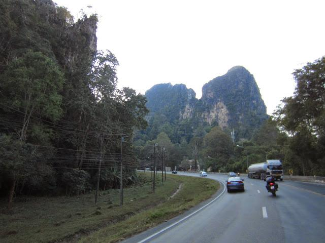 IMG_3488_1.jpg /Late - but not too late - GT Ride 01/2015/Touring Northern Thailand - Trip Reports Forum/  - Image by: