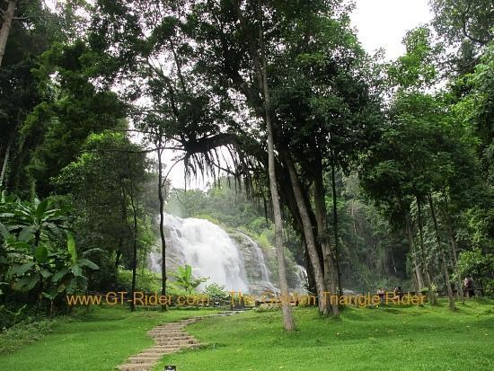 img_6438.jpg /Wet season: pottering around the Mae Hong Son Loop/Touring Northern Thailand - Trip Reports Forum/  - Image by: