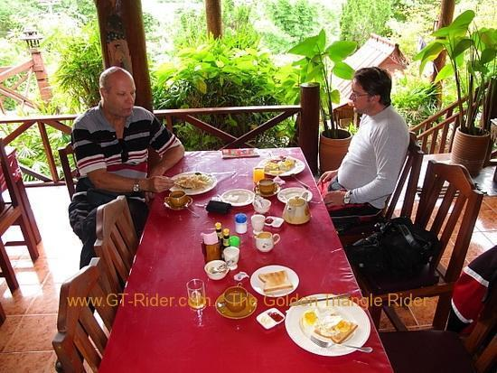 img_6557.jpg /Wet season: pottering around the Mae Hong Son Loop/Touring Northern Thailand - Trip Reports Forum/  - Image by: