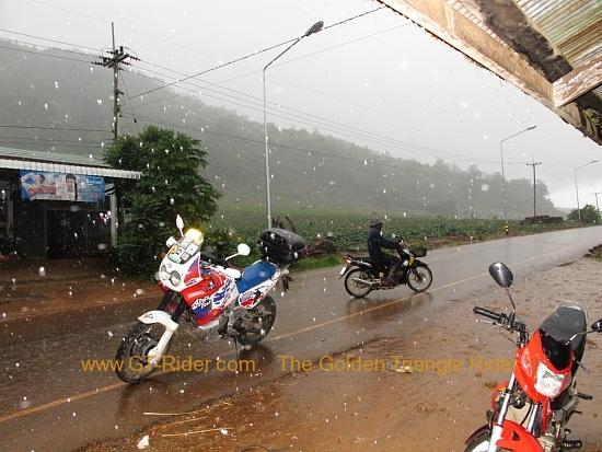 img_6954.jpg /Wet season: pottering around the Mae Hong Son Loop/Touring Northern Thailand - Trip Reports Forum/  - Image by:
