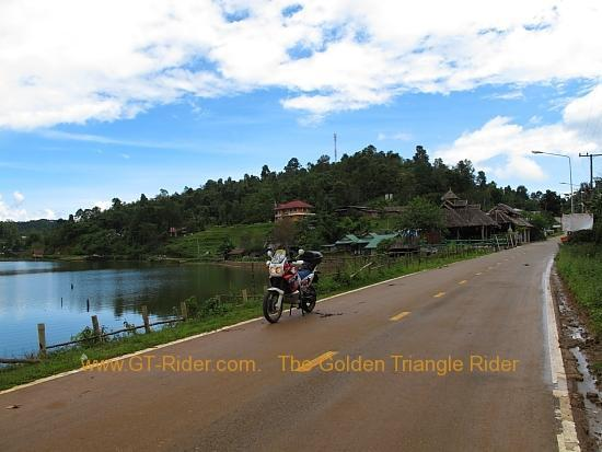 img_7725.jpg /Wet season: pottering around the Mae Hong Son Loop/Touring Northern Thailand - Trip Reports Forum/  - Image by: