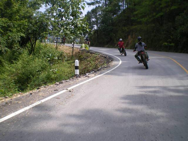 IMGP2022.jpg /RAMBO'S Hell Ride to Pai!!!/Touring Northern Thailand - Trip Reports Forum/  - Image by: