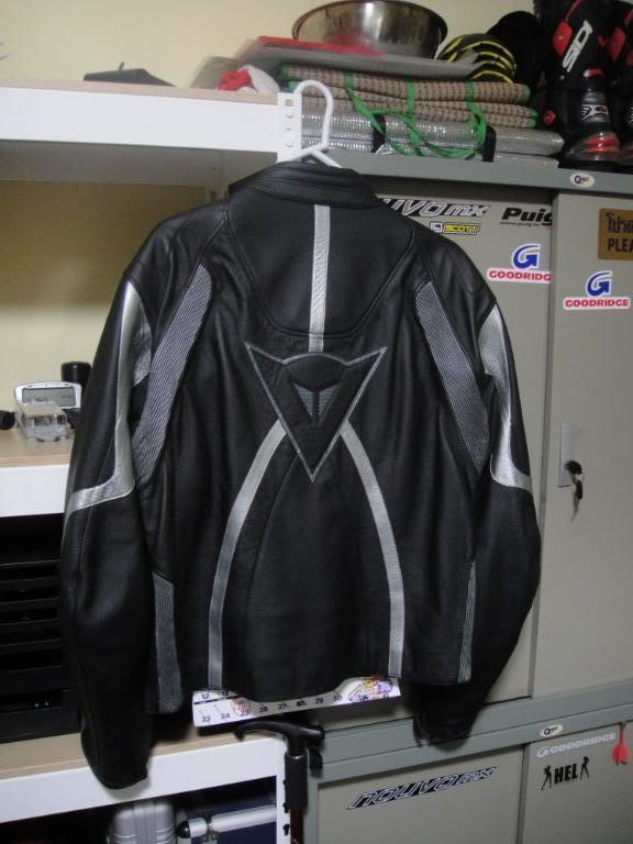 jacketback.