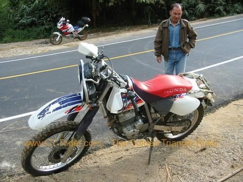 japan-bike-crash-doi-mae-salong-006.